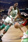 Robert Parish performs his patented baseling spin move.